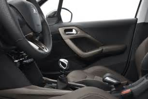 interieur peugeot 2008 photo
