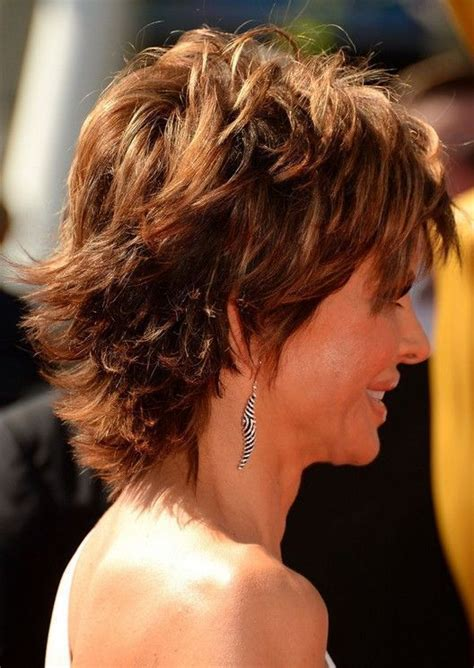lisa rinna long hair layered hairstyle for thick hair side view of lisa rinna