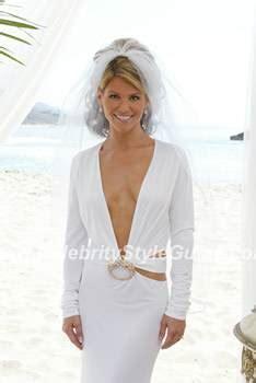 lori loughlin wedding photos lori loughlin wearing gucci wedding dress celebrity