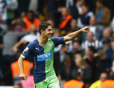 barcelona join premier league newcastle united s ayoze perez snubbed barcelona and real