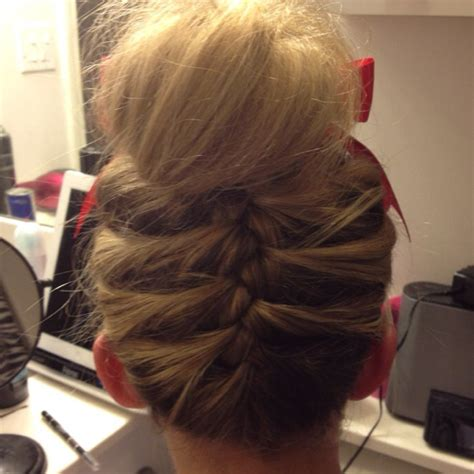 haircut competition games 77 best images about cheer hairstyles on pinterest