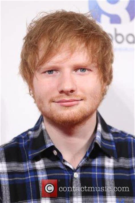 ed sheeran biography billboard ed sheeran s thinking out loud returns to u k number one