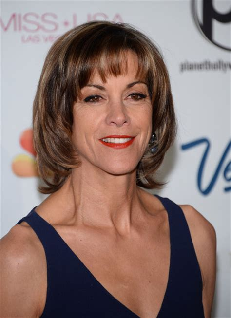 wendie malick hairstyles wendie malick photos photos arrivals at the miss usa