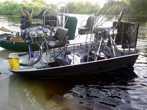 airboat uk airboat accident on kissimmee chain southern airboat
