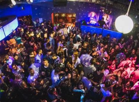 discoteca casa genova sospesa licenza a discoteca fashion di quart