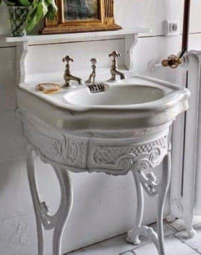 25 best ideas about country bathrooms on