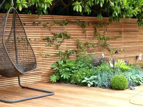zaunelemente aus holz sichtschutz zaun fr den garten oder
