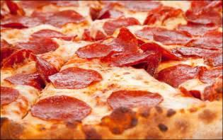Pizza La Pizza Pepperoni Ricetta E Preparazione Silvio Cicchi