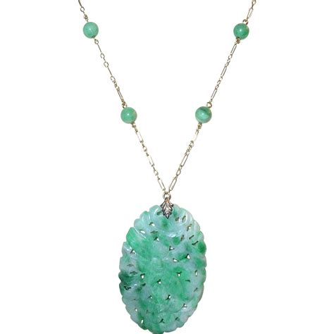 Jade Pendant Necklace vintage 14k jade pendant necklace from robbiaantique on