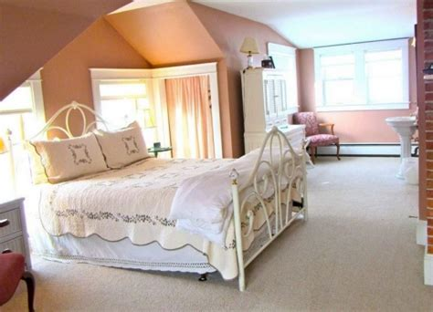 trumbull bed the trumbull house bed breakfast hanover new hshire dartmouth lake sunapee