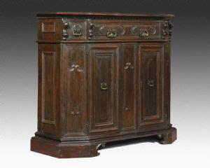mobili credenze antiche credenze antiche 600 credenze antiche mobili antichi