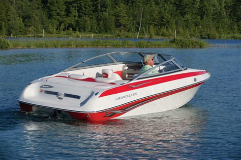 motorboot donau mieten crownline 180 br budapest donau motorboote mieten