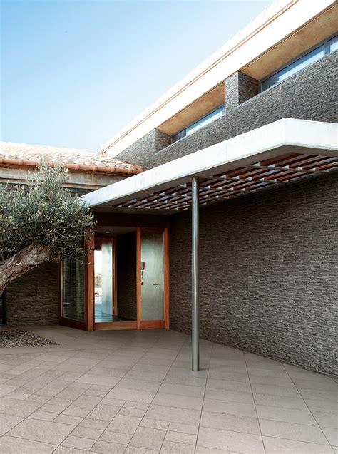 pav 233 wall house sichenia