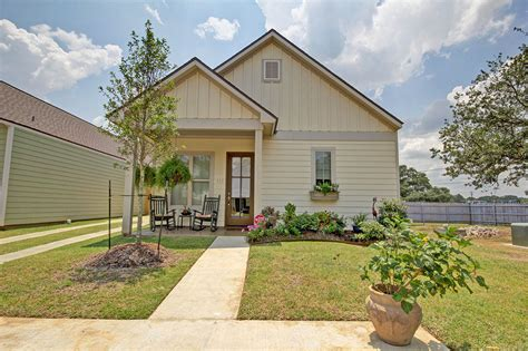 cottage at southpark home renting in lafayette la