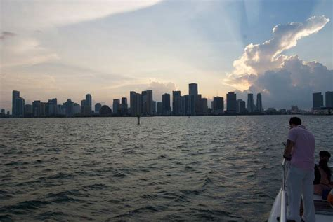 miami party boat tours book a boat cruise miami set sail to the reefs of south