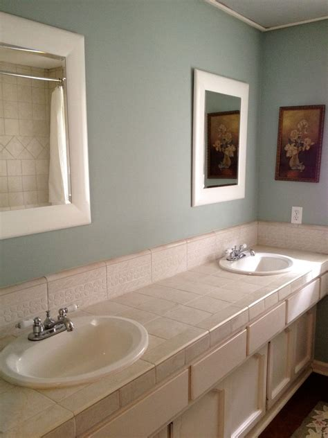 100 Light Blue Bathroom Walls Bathroom Radiant