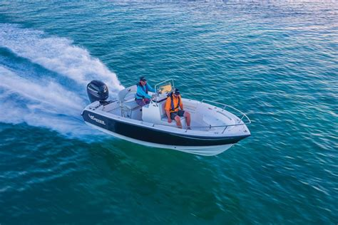 mako boats bass pro mako boats offshore boats 2015 184 cc photo gallery