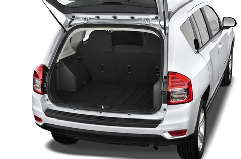 2014 Jeep Compass Sport Reviews 2014 Jeep Compass Reviews And Rating Motor Trend
