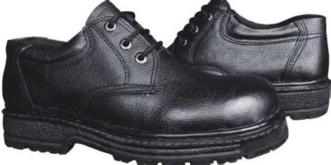 Sepatu Safety Win tips memilih sepatu safety yang benar ali mustika sari