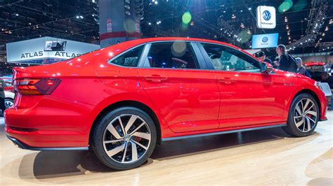 2019 Volkswagen Jetta Gli by 2019 Vw Jetta Gli Arrives With Gti And Golf R Me Downs