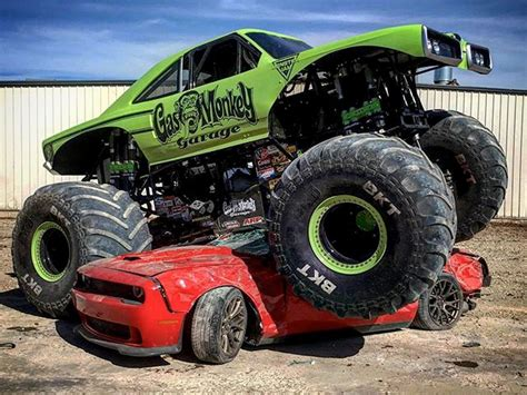 Gas Monkey Garage Truck Builds by Gas Monkey Truck Ruins What Looks Like A Hellcat