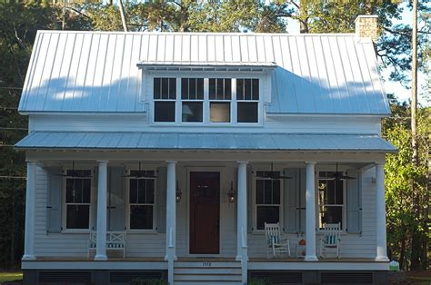 lowcountry cottage cottage living southern living portfolio jackson construction llc