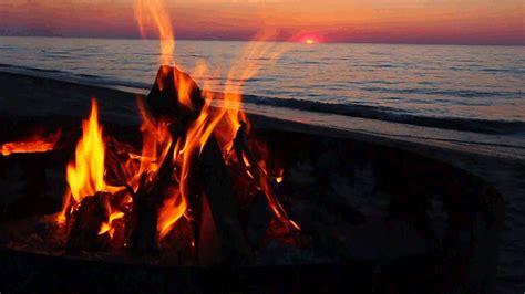 fiery holiday alternatives   yule log infinite loop  shutterstock blog