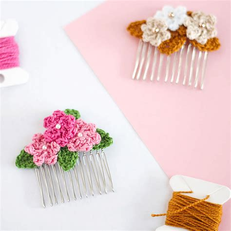 free patterns and instruction on making flower hair clips free crochet pattern flower hair clips make it crochet