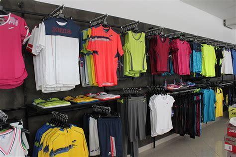 arredamento abbigliamento arredamento negozio articoli sportivi arredo
