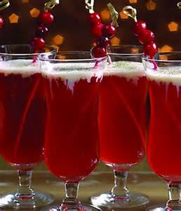 christmas cocktails cranberry and clementine