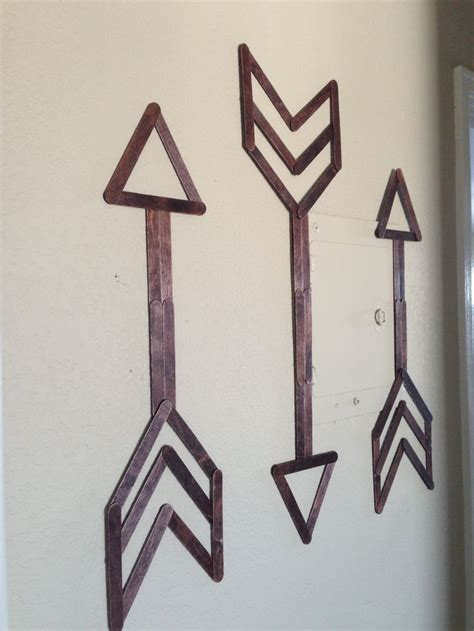 things to stick pictures to walls the 25 best ideas about popsicle sticks on