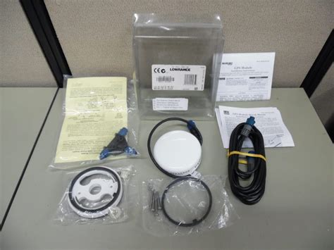 lowrance lgc  nmea gps antenna  accessories