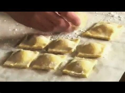 ravioli di pesce fatti in casa ravioli di pesce fatti in casa ricetta pasta ravioli