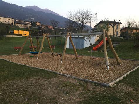 panchina parco panchina parco giochi in arrivo panchine cestini e giochi