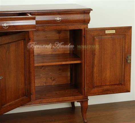credenza classica legno massello credenza in legno massello 3 ante 3 cassetti sagomati ros 224