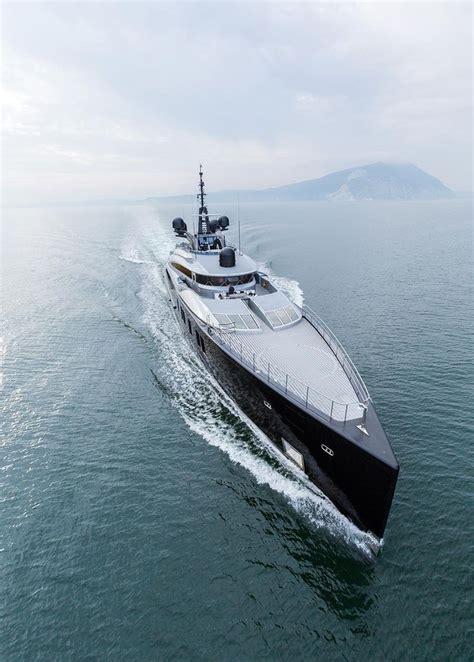 yacht okto layout yachtgasm m y okto isa yachts 66 4m yachts