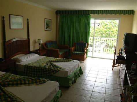 coco hotel rooms standard room picture of hotel playa coco cayo coco tripadvisor