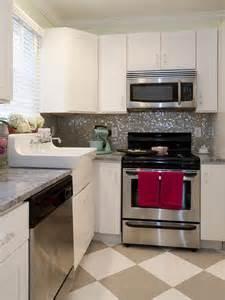 Hgtv Kitchen Backsplashes Kitchen With Grey And White Pattern Floor Designers