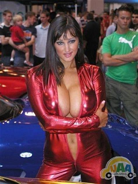on the russian auto show