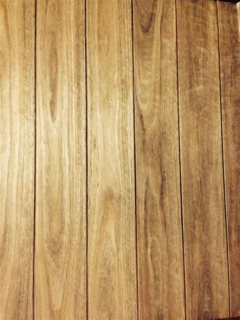 Hardwood Timber Wall Panelling / Rustic Feature Walls   Timber