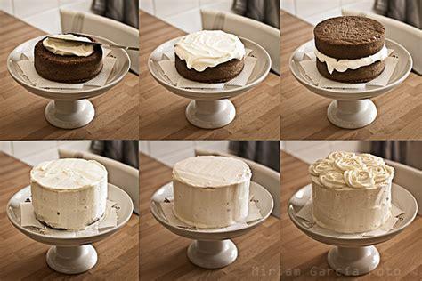 decorar tartas con buttercream tarta de chocolate y buttercream de vainilla