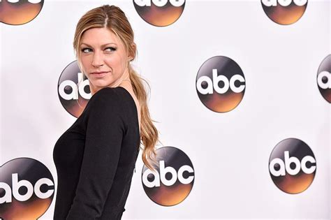 jes macallan legends of tomorrow legends of tomorrow jes macallan promoted to series