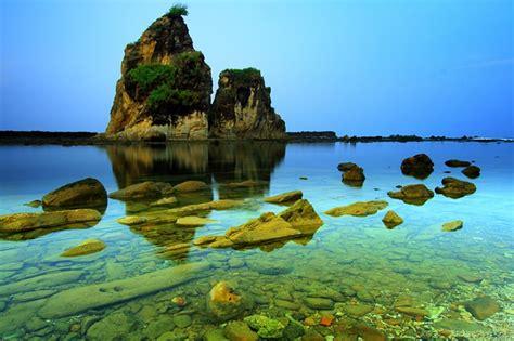 wisata banten desa  pantai sawarna lebak