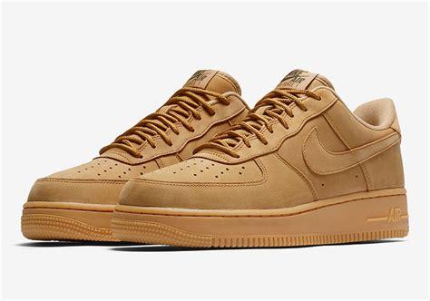 Nike 1 Mid Flax Premium Originalsepatu Nike One Brown nike air 1 low flax wheat aa4061 200 sneakernews