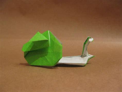 Origami Snail - 20 creative origami designs
