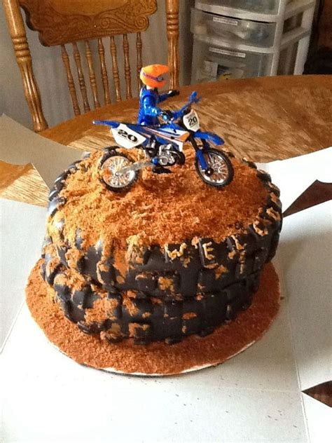 Bike For Baby Shower by Dirt Bike Baby Shower Cake Cakecentral
