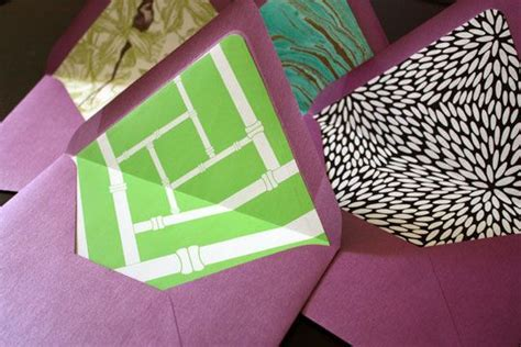 how to make envelopes pretty by adding a decorative lining