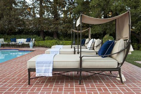 essentials   perfect outdoor lounge lori dennis