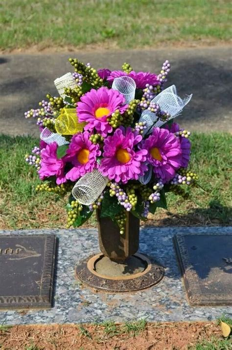 headstone flower arrangement ideas 157 best headstone saddles images on cemetery