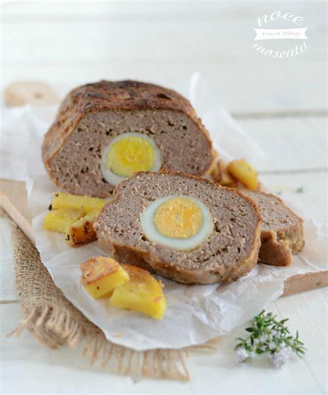 cucinare le uova sode polpettone ripieno al forno con uova sode